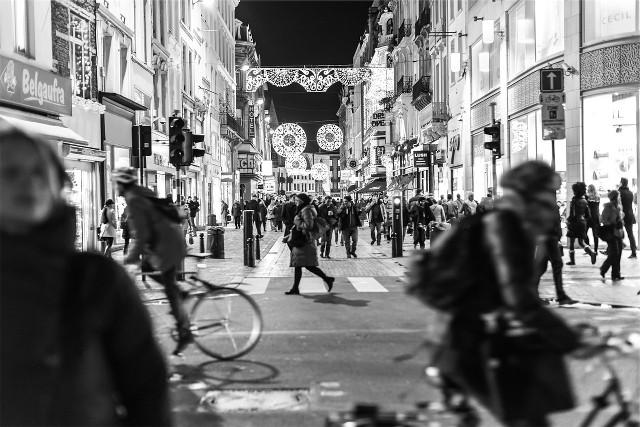 Rue avec foule