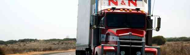 Des camions et du revenu de base